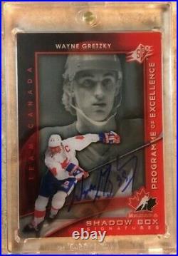11-12 UD SPX Wayne Gretzky Program of Excellence Shadow Box Signatures WOW RARE