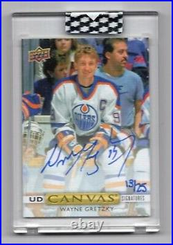 19-20 Upper Deck Clear Cut Canvas Signatures Wayne Gretzky 13/25