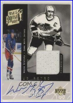 1999-00 Upper Deck Game Jersey /40 Wayne Gretzky Auto HOF