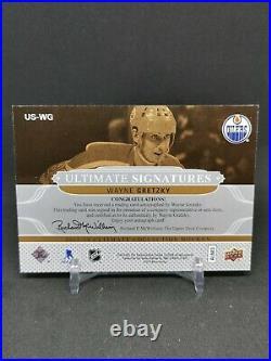 2013-14 Ultimate Collection Ultimate Signatures #USWG Wayne Gretzky B