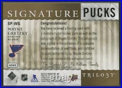2014-15 Blues Upper Deck Trilogy Wayne Gretzky Signed Gold Ink AUTO Puck UDA