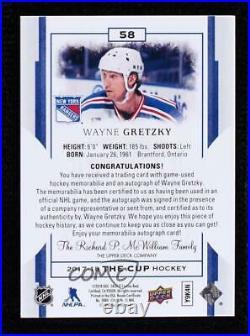 2017-18 Upper Deck The Cup Gold Foil /8 Wayne Gretzky #58 Patch Auto HOF