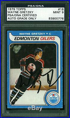 Oilers Wayne Gretzky Signed Card 1979 Topps RC #18 with Mint 9 Auto! PSA Slabbed