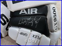 Rare Wayne Gretzky Hand-signed Easton Air Los Angeles Kings Gloves Uda & Jsa Wow
