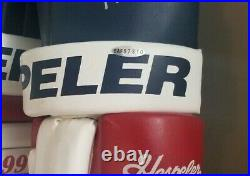 Upper Deck Authenticated Wayne Gretzky Autographed Hespesler Gloves Nrmt