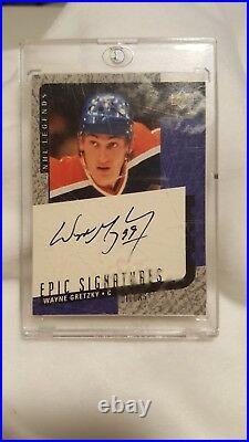 Upper Deck Epic Signatures Wayne Gretzky Mint