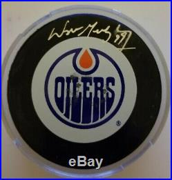 WAYNE GRETZKY WGA SIGNED EDMONTON OILERS OFFICIAL PUCK with JSA AUTOGRAPH COA AUTO