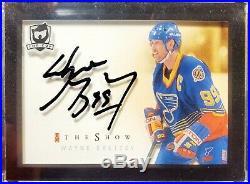 Wayne Gretzky 2018/19 2018 Ud The Cup The Show Autograph Auto Sp Shadowbox Blues