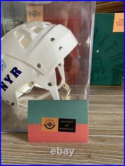 Wayne Gretzky Helmet, New York Rangers