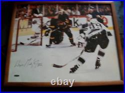 Wayne Gretzky Upper Deck Limited Edition 802 Goal Signed Photo Lmt Of 802,17x21