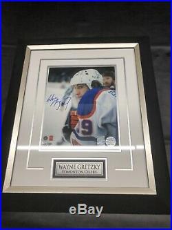 Wayne gretzky autographed signed photo